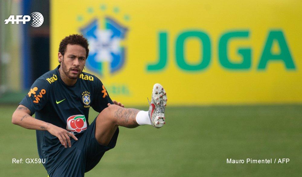 Le footballeur brésilien Neymar lors d'un entraînement à Teresopolis, Brésil, le 25 mai 2019 Le footballeur brésilien Neymar lors d'un entraînement à Teresopolis, Brésil, le 25 mai 2019 AFP