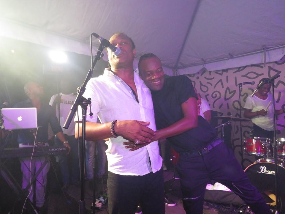 Pouchon et Shaba sur la scène de Fubar. Credit Photo: FB Djakout #1