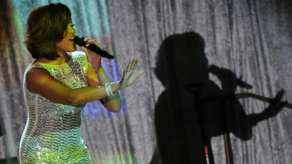 La chanteuse américaine Whitney Houston, le 12 février 2011 à Beverly Hills (Californie) AFP/Archives
