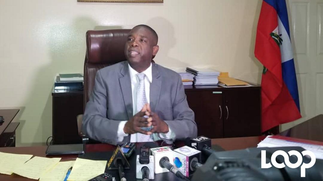 «Nous n'acceptons pas que leSénat et la chambre des députés soient générateur d'insécurité», indique le sénateur Carl Murat Cantave.