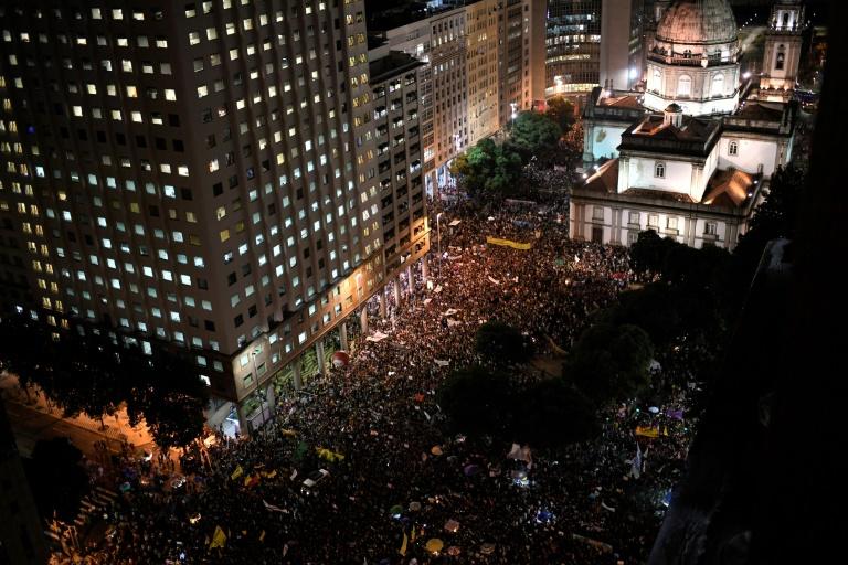 La manifestation pour défendre l'université au Brésil à Rio de Janeiro, le 15 mai 2019