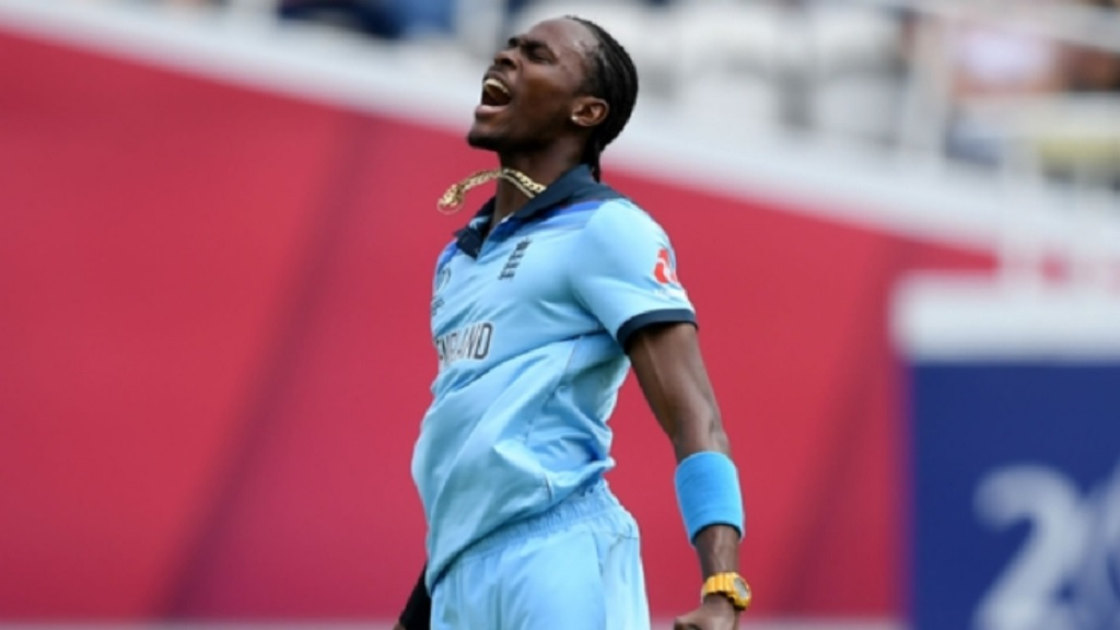 Jofra Archer celebrates the wicket of Faf du Plessis.