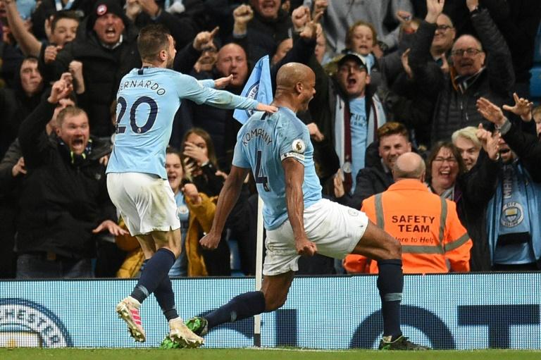 Le capitaine Vincent Kompany auteur d'un but spectaculaire pour Manchester City face à Leicester à l'Etihad Stadium, le 6 mars 2019