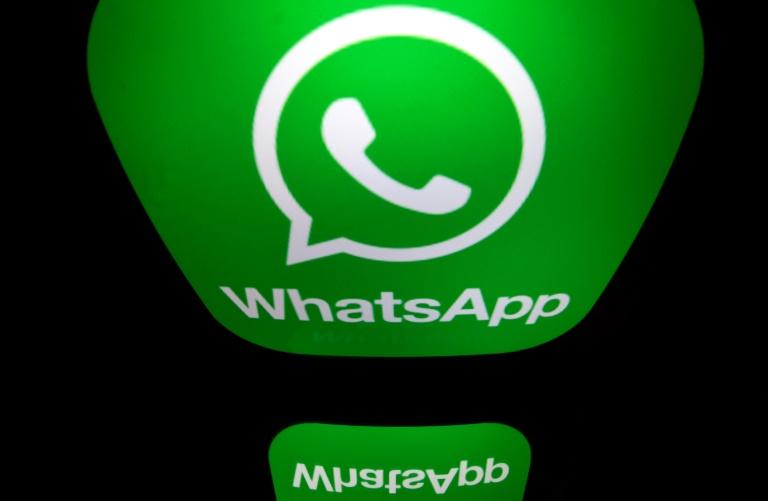Le logo de l'application de messagerie WhatsApp, le 28 décembre 2016 à Paris