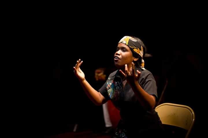 L'une des participantes à l'une des anciennes éditions de Quinzaine internationale Handicap et Culture. Crédit photo: FB productions Théâtre Toupatou