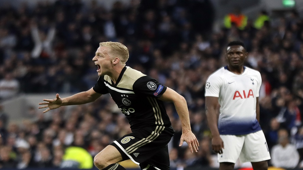 Ajax's Donny van de Beek celebrates after scoring during the Champions League semifinal first leg football match against Tottenham Hotspur at the Tottenham Hotspur stadium in London, Tuesday, April 30, 2019.