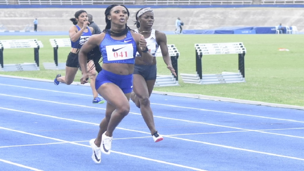 Shelly-Ann Fraser-Pryce wins section two of the women's 200m at the Nike Seniors Link Up Track and Field Meet on Saturday, May 4, 2019 at the National Stadium. (PHOTOS: Marlon Reid).