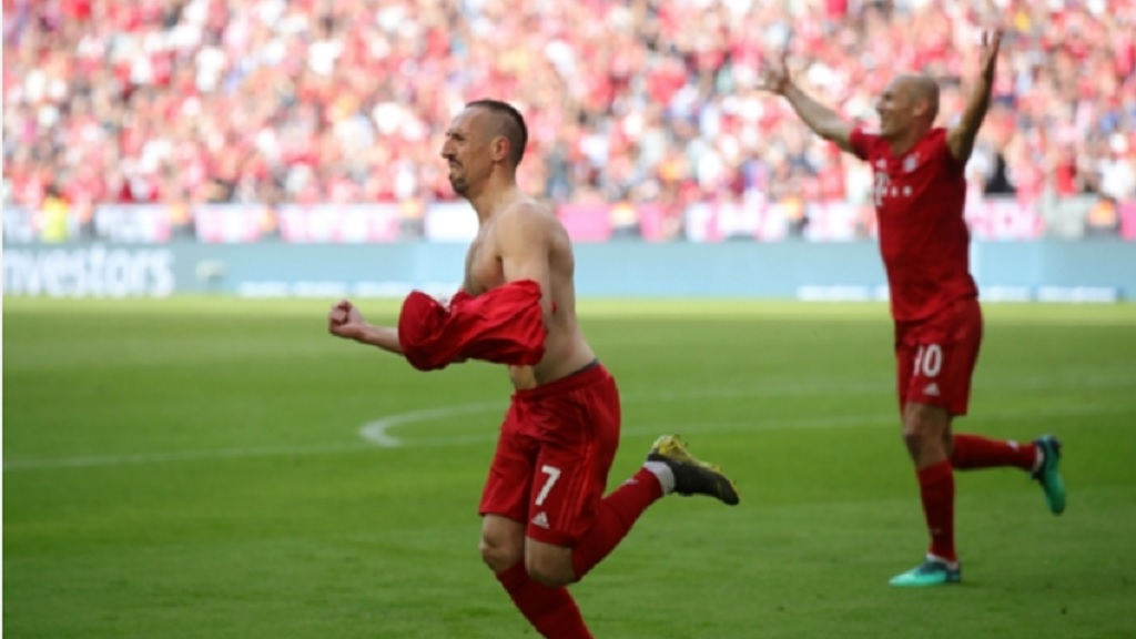 Departing Bayern Munich goalscorers Franck Ribery and Arjen Robben.