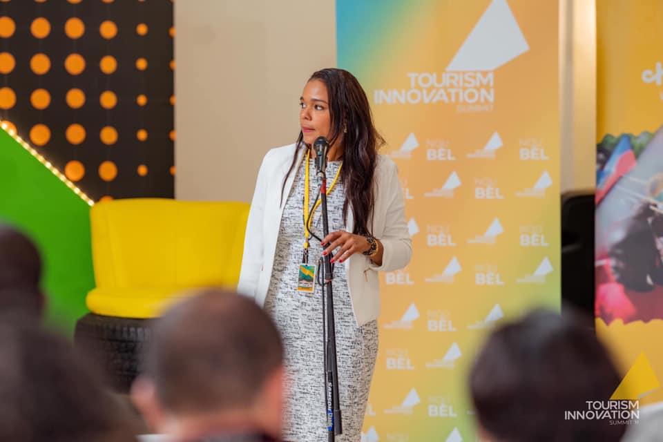 La ministre du Tourisme, Marie Christine Stephenson, intervenant au second Sommet de l'Innovation Touristique./Photo: TIS
