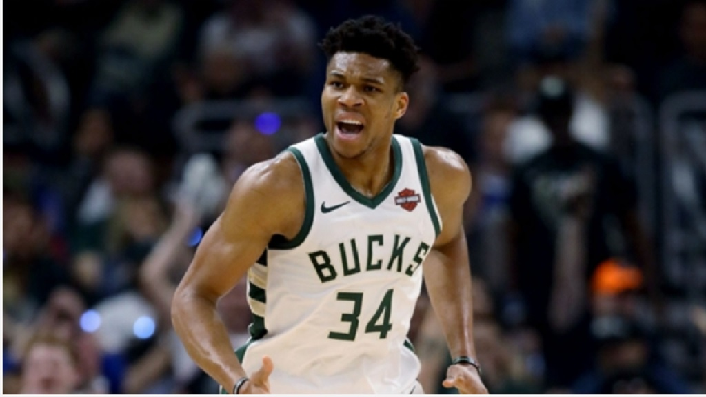 Giannis Antetokounmpo in action for Milwaukee Bucks.