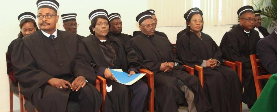 Les juges de la Cour supérieure des comptes et du contentieux administratif (CSC/CA)