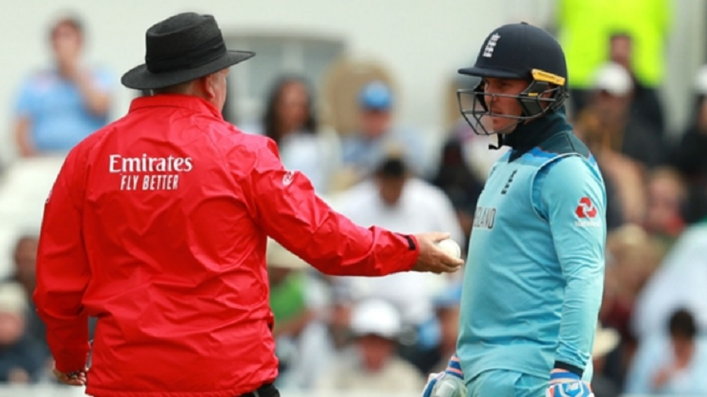 England batsman Jason Roy in conversation with umpire Marais Erasmus.