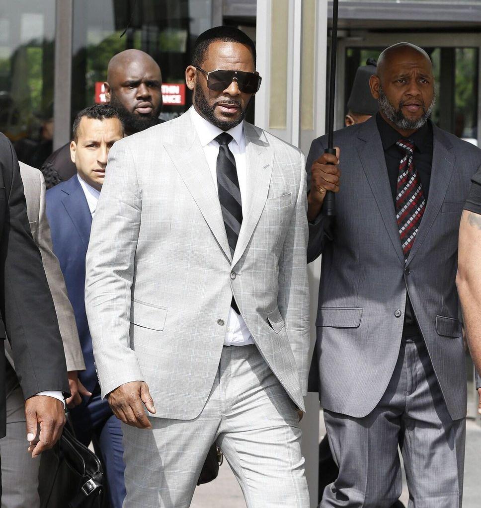 R. Kelly plaide non coupable des 11 nouvelles accusations de crimes sexuels