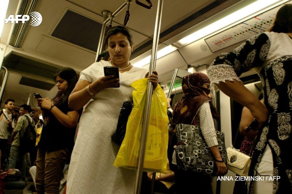 New Delhi va rendre gartuits les transports publics pour les femmes afin de renforcer leuyr sécurité afp.com - ANNA ZIEMINSKI