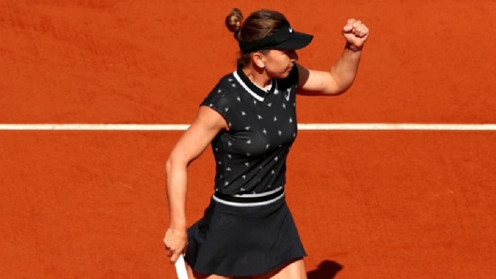 Simona Halep celebrates during her win over Lesia Tsurenko.