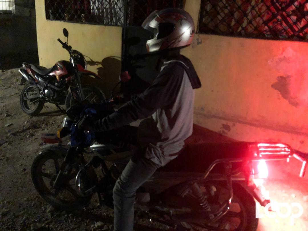 Yon chofè moto/ Photo: Loop Haiti