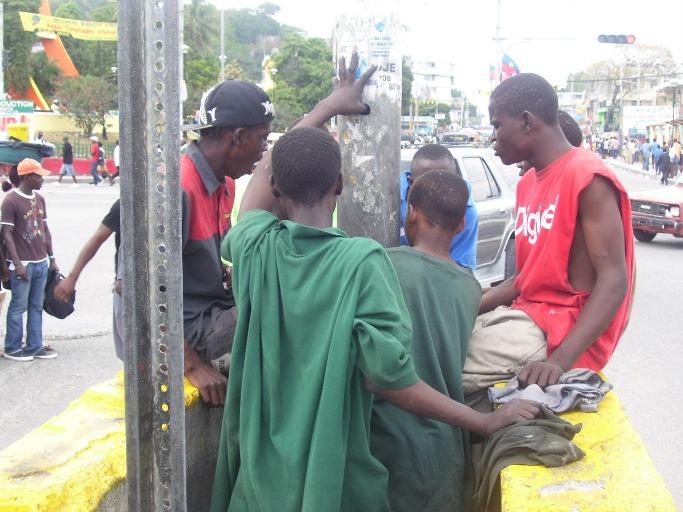 Illustration des enfants des rues dans la Capitale Haïtienne (Port-au-Prince) Crédit Photo : Alterpress
