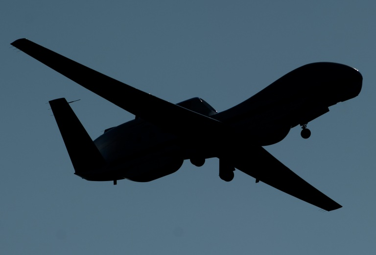"""L'Iran a annoncé jeudi avoir abattu un """"drone espion américain"""" qui avait violé son espace aérien dans un contexte de tensions croissantes dans le Golfe"""