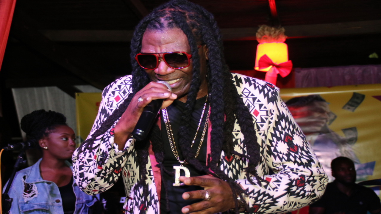 Reggae artiste Dillgin performs at his album launch. (PHOTOS: Llewellyn Wynter)