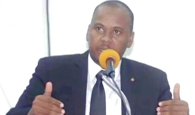 Nenel Cassy/ Photo: Page Facebook du sénateur
