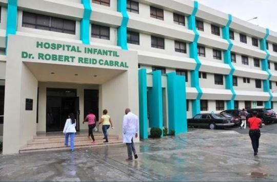 Les enfants de moins de quatre ans ont été transmis à l'hôpital (pour enfants) Robert Reid Cabral./Photo: Twitter de l'hôpital.