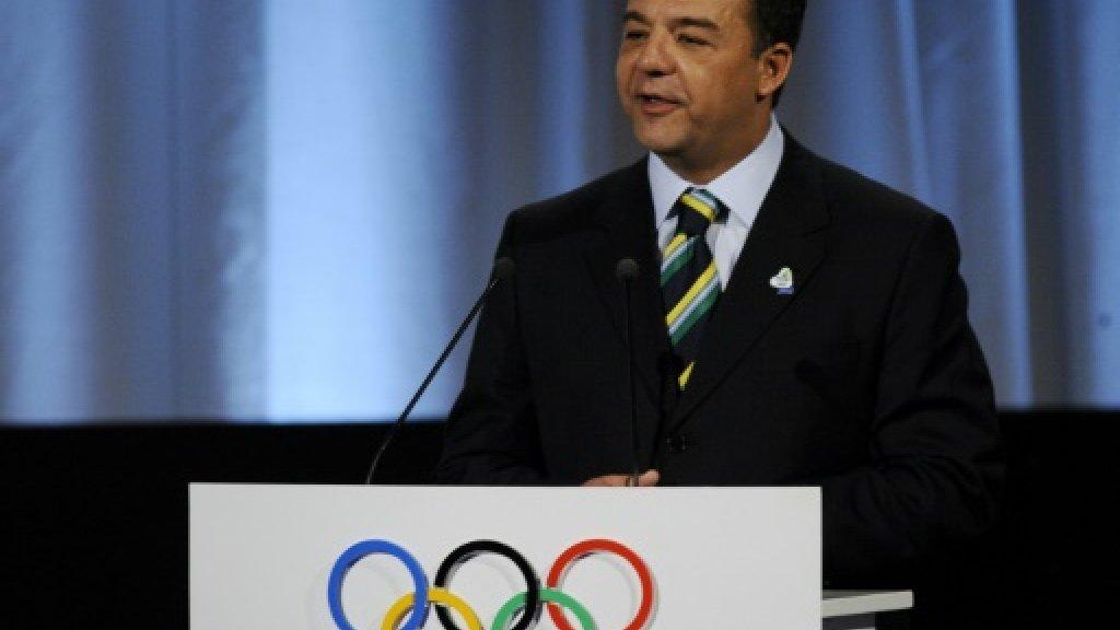 Sergio Cabral, alors gourverneur de Rio de Janeiro, présente la candidature le la ville brésilienne à l'organisation des JO-2016, le 2 octobre 2009 à Copenhague AFP/Archives