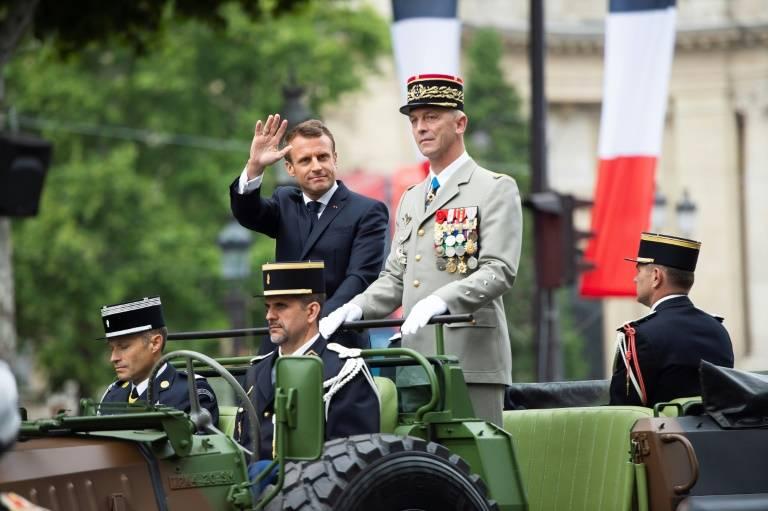 Emmanuel Macron au côté du général Francois Lecointre, le 14 juillet 2019