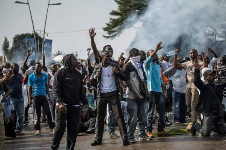 Des supporters de Jean Ping lors des manifestations post-électorales, à Libreville le 31 août 2016 afp.com - MARCO LONGARI