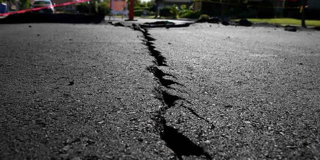 Une route endommagée après un séisme, le 4 juillet 2019 à Ridgecrest, en Californie