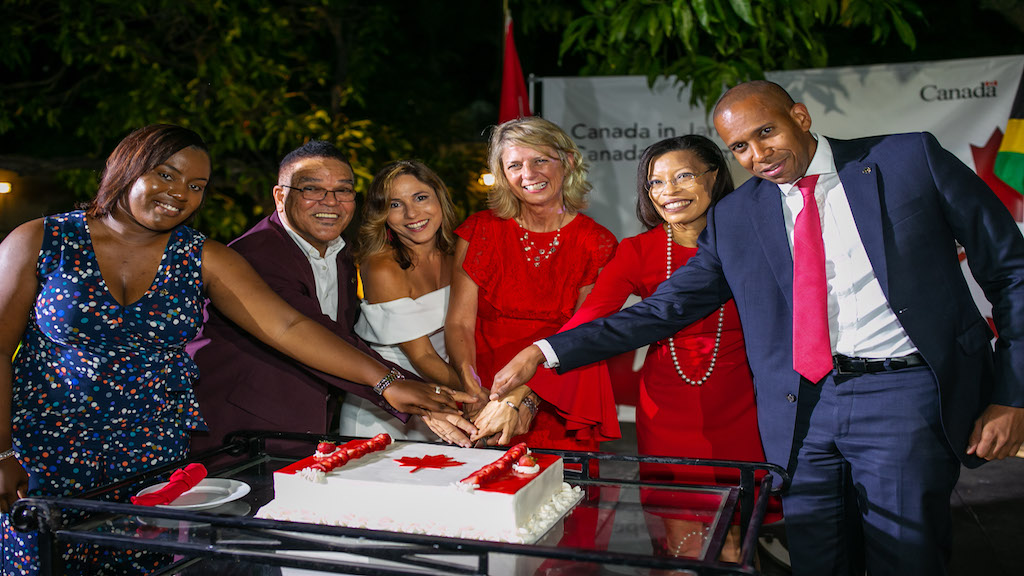 Canadian High Commissioner to Jamaica Laurie Peters is joined by guests for a cake cutting to celebrate Canada Day. (Photo: Marlon Reid)