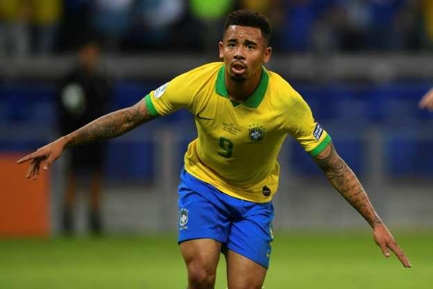 Le Brésilien Gabriel Jesus exulte après avoir inscrit un but contre l'Argentine en demi-finales de la Copa America, le 2 juillet 2019 à Belo Horizonte