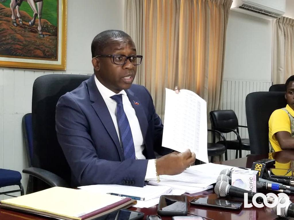 Alfredo Antoine remet en question des contrats, 5 mois de la fin de son mandat
