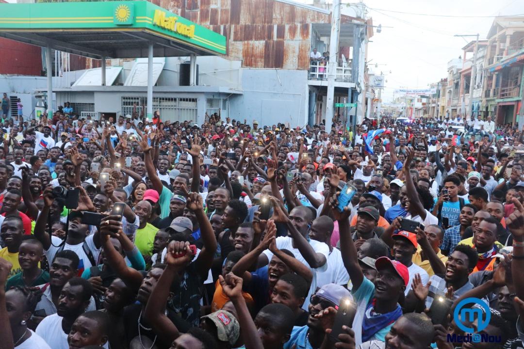 Une foule pour accueillir Wilde Donald Guerrier/ Photo: Medianou