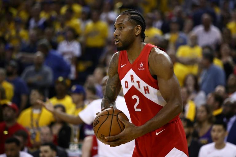 La superstar NBA Kawhi Leonard, avec les Raptors de Toronto contre Golden State, le 13 juin 2019 à Oakland, en Californie