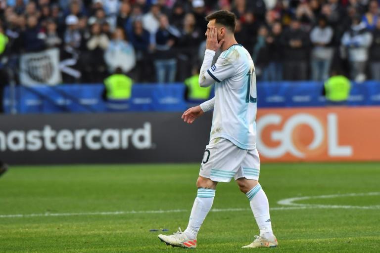 L'attaquant de l'Argentine Lionel Messi expulsé du match pour la 3e place de la Copa América contre le Chili à Sao Paulo le 6 juillet 2019