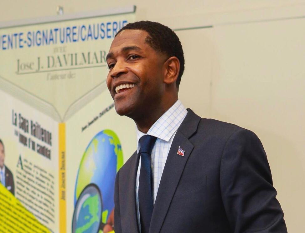 Jose Davilmar, directeur de communication de l'Electricité d'Haïti (EDH)/ Photo: Compte Facebook de Davilmar