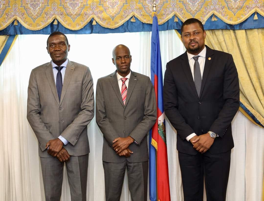 A gauche, Joseph Lambert; au milieu, Jovenel Moïse; à droite, Gary Bodeau/ Photo: Page Facebook du président Jovenel Moïse