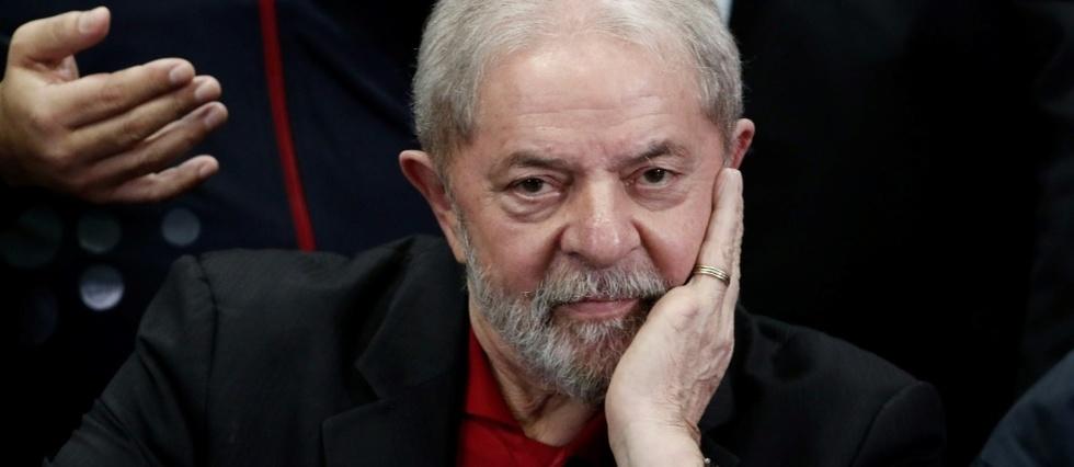 L'ancien président brésilien Luiz Inacio Lula Da Silva participe à une conférence de presse à Sao Paulo, le 13 juillet 2017 afp.com - Miguel SCHINCARIOL