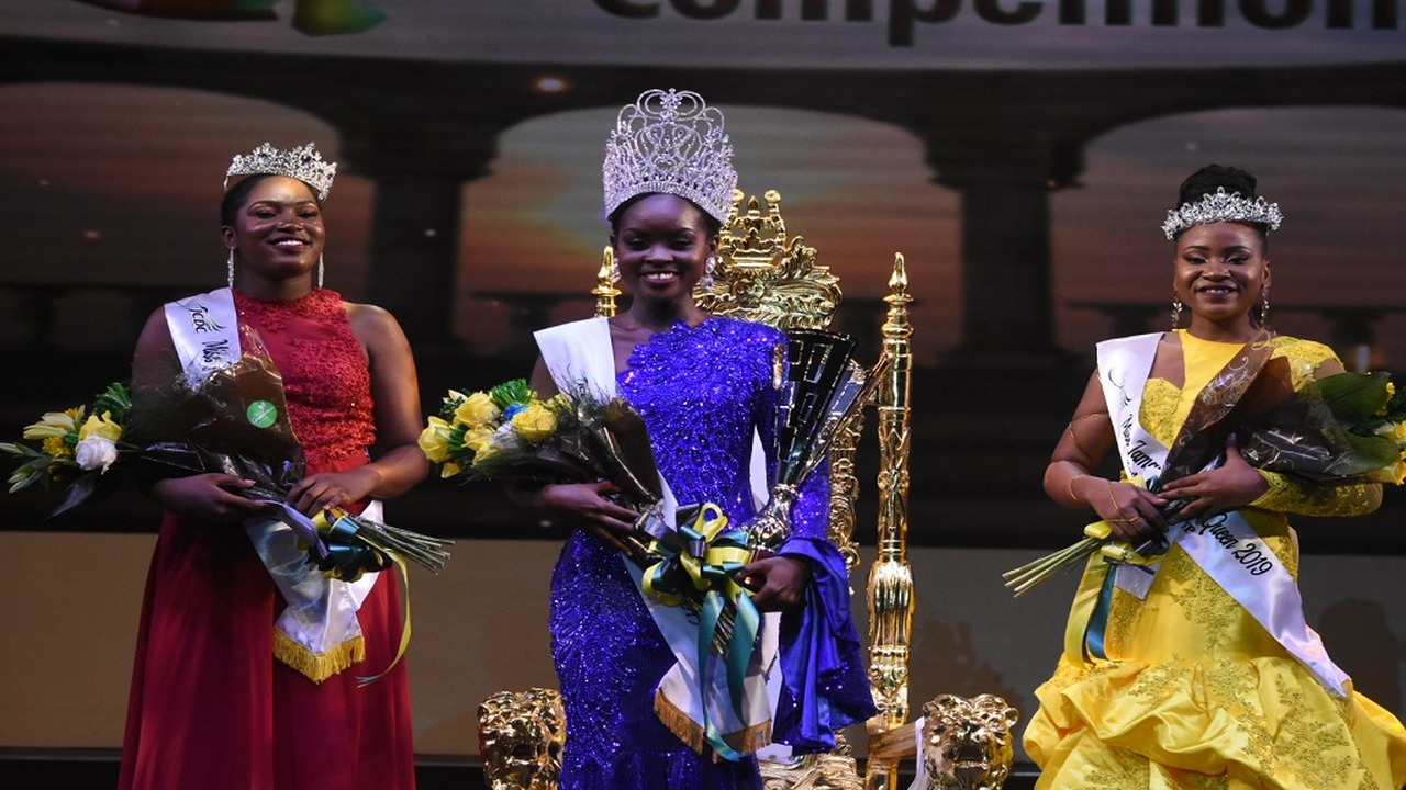 Miss Jamaica Festival Queen 2019 winner  Khamara Wright (centre) with first runner-up Annakay Hudson (left), Miss Kingston & St Andrew  and second runner-up Chardonnae Parkins, Miss St James. (PHOTOS: Marlon Reid)