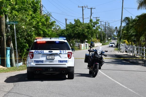Roadway closed while investigations progress.