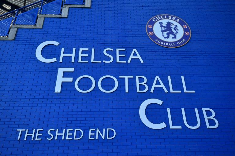 """Des jeunes du club de foot de Chelsea ont subi dans les années 70 des agressions sexuelles commises par un recruteur, au su d'autres employés qui """"fermaient les yeux"""", affirme mardi un rapport indépendant réalisé à la demande du club"""