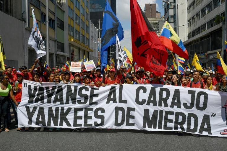 Des manifestants pro-Maduro dans les rues de Caracas, le 8 août 2019 au Venezuel