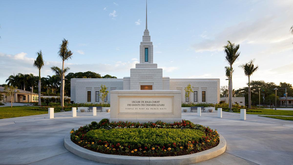 Le temple mormon de Port-au-Prince.