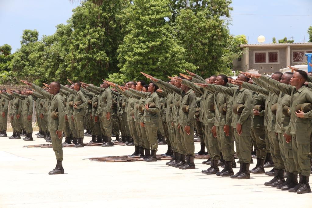 Des soldats de l'Armée d'Haïti Crédit Photo : Compte Twitter du président Jovenel Moïse