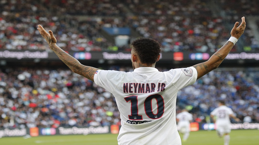 PSG's Neymar during the French League One football match against Strasbourg at the Parc des Princes Stadium in Paris, France, Saturday Sept.14, 2019. (AP Photo/Francois Mori).
