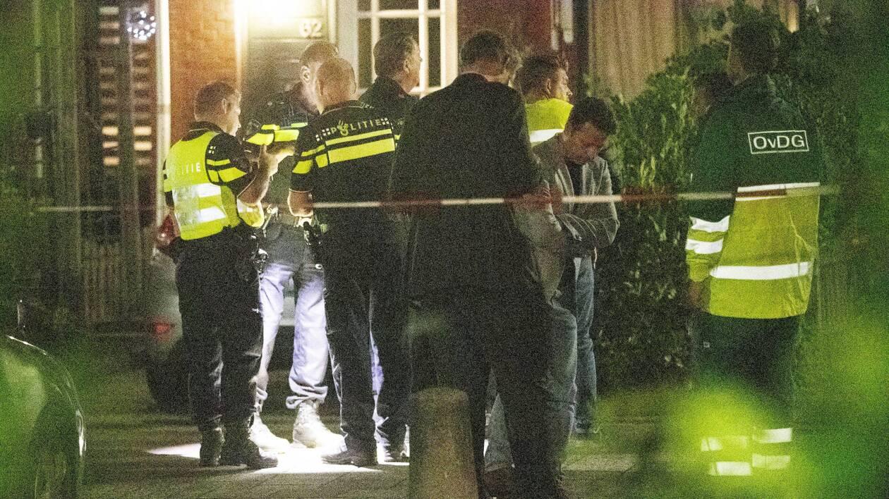 Des policiers néerlandais sur les lieux après une fusillade à Dordrecht, aux Pays-Bas, le 9 septembre 2019. | EPA-EFE/NIELS WENDSTED