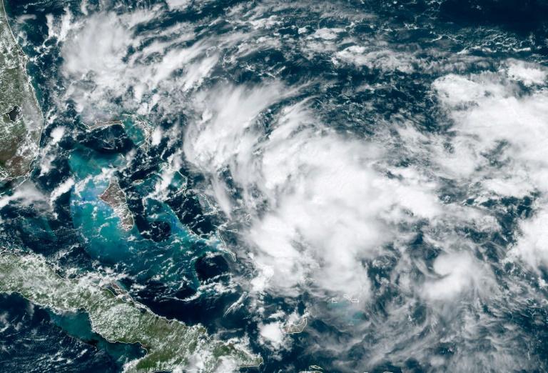 Image satellite d'une nouvelle dépression tropicale menaçant les Bahamas, le 12 septembre 2019