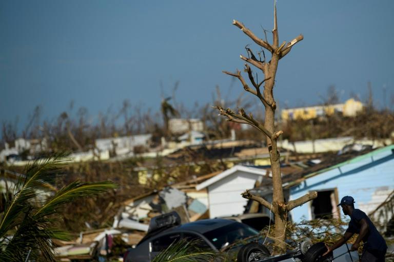 Scène de désolation à Marsh Harbour, sur l'île bahaméenne d'Abaco, le 7 septembre 2019