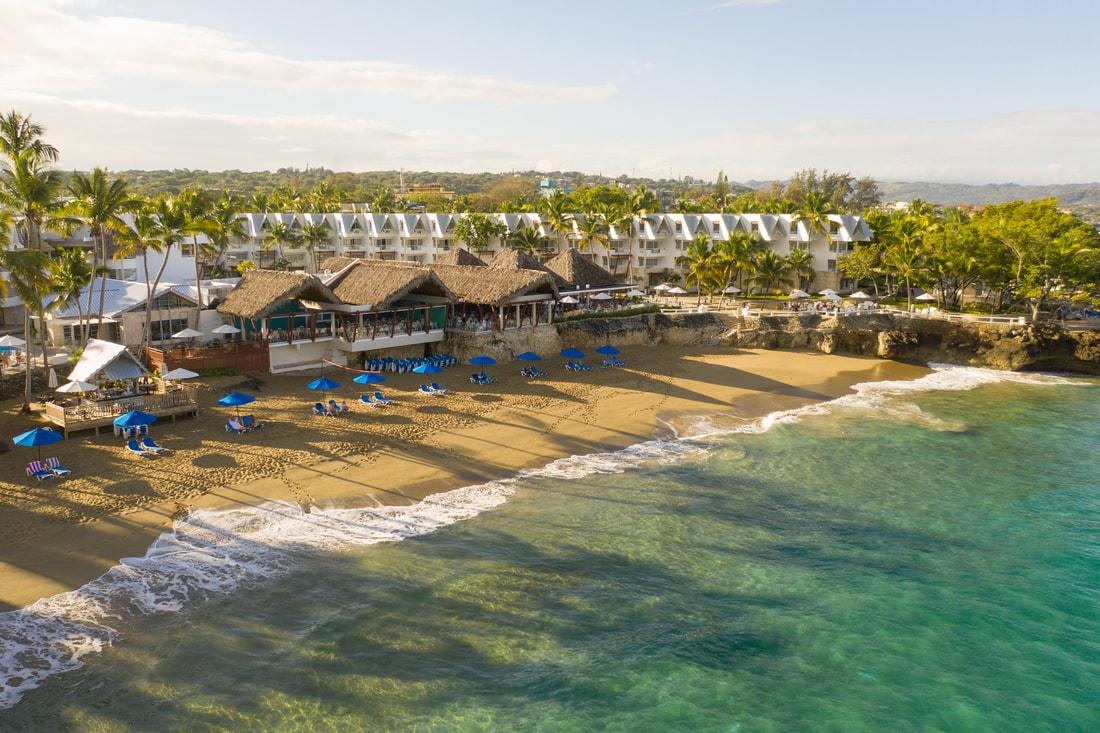 (De haut), une vue partielle du complexe hôtelier Casa Marina Beach, situé à Puerto Plata./Photo: Website de Casa Marina.