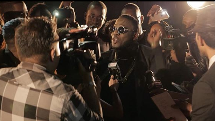 In this scene from Erphaan Alves video for Soca Global, he explains his mission to the paparazzi. Alves launches his 2020 song last night as well as his Carnival season.
